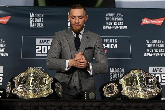 Конор Макгрегор лишился титула UFC вполулегком весе